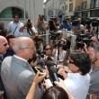 Massimo Giuseppe Bossetti a processo, fan fuori dal tribuna 3