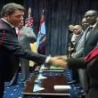 Kenya, Matteo Renzi col giubbotto antiproiettile in visita dal presidente FOTOKenya, Matteo Renzi col giubbotto antiproiettile in visita dal presidente 01