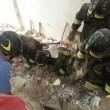 Taranto. Scoppia bombola gas, crolla palazzo: un morto, dispersi bimbo e anziana8