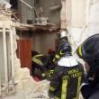 Taranto. Scoppia bombola gas, crolla palazzo: un morto, dispersi bimbo e anziana9