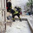 Taranto. Scoppia bombola gas, crolla palazzo: un morto, dispersi bimbo e anziana12