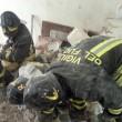 Taranto. Scoppia bombola gas, crolla palazzo: un morto, dispersi bimbo e anziana4