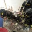 Taranto. Scoppia bombola gas, crolla palazzo: un morto, dispersi bimbo e anziana6