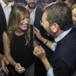 Ignazio Marino abbraccia Maria Elena Boschi alla Festa dell'Unità FOTO 2