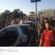 Calciomercato As Roma: Dzeko a Fiumicino, decine di tifosi lo accolgono3