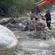 Frana uccide in Cadore (Belluno): travolto parcheggio, 3 morti sotto acqua e fango18