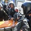 Ucraina, assalto a Parlamento contro autonomia filorussi