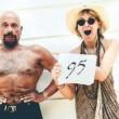 Yoga e regole di ferro. Ha 95 anni ma sembra un ragazzo 01