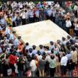 Cina, tofu gigante da 8 tonnellate
