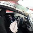 Gb, auto si ribalta sei volte: donna incinta illesa 3