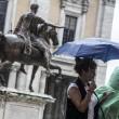 Maltempo: forte pioggia a Milano. A Roma7