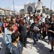 Marcia a piedi profughi siriani per fuggire i campi di Orban9