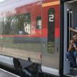 Migranti, Budapest riapre stazione ma la chiude ai siriani4