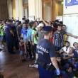 Migranti, Budapest riapre stazione ma la chiude ai siriani13