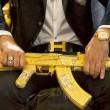 Narcos messicani, FOTO web: pistole dorate, Ak 47, soldi3
