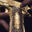 Narcos messicani, FOTO web: pistole dorate, Ak 47, soldi15