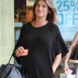 Elisabetta Canalis, parto vicino: shopping col pancione15