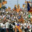Barcellona, tsunami indipendentista in piazza per la Diada 02