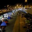 Budapest, riaperta stazione: migranti assaltano treni3