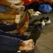 Budapest, riaperta stazione: migranti assaltano treni4