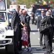 Papa Francesco, bimba sfida security per chiedergli...FOTO 6