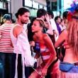 Times Square, topless performer vende droga e sesso a agente