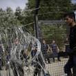 Ungheria, lacrimogeni sui migranti. Croazia nuova rotta12