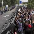 Ungheria, lacrimogeni sui migranti. Croazia nuova rotta14