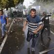 Ungheria, lacrimogeni sui migranti. Croazia nuova rotta16
