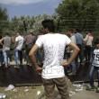 Ungheria, lacrimogeni sui migranti. Croazia nuova rotta 7