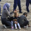 ngheria arresta 9mila migranti. Muro Orban sigilla confine171