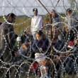 ngheria arresta 9mila migranti. Muro Orban sigilla confine10