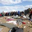 Ungheria, migranti sfondano confine. Muro non finito, via il ministro 5