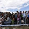 Ungheria, migranti sfondano confine. Muro non finito, via il ministro 6