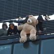 Bologna, sgombero ex Telecom: anche bambini sui tetti4