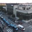 Bologna, sgombero ex Telecom: anche bambini sui tetti17