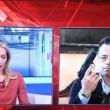 Gianluca Buonanno mostra pistola a skyTg5