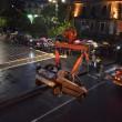 Catania, voragine in strada da 8 metri inghiotte auto8