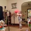 Nasconde telecamera per figli e scopre marito che.. (5)