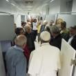 Papa Francesco visita dormitorio clochard vicino a Vaticano 4