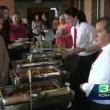 Matrimonio annullato: pranzo nozze diventa festa per barboni6