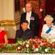 Kate Middleton in rosso: gioielli e diadema famiglia reale6