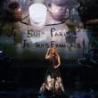 Celine Dion canta Edith Piaf: omaggio a vittime Parigi2