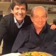 Morandi fa contento Magalli: selfie su Fb con sagoma cartone3