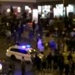 Parigi, 3 attentati con kalashnikov in centro: morti FOTO 2