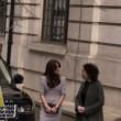 Kate Middleton, il vento le rovina la pettinatura