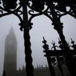 "Nebbia ""cancella"" Londra: voli a terra e disagi3"