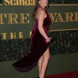 Kelly Brook, foto sexy in lingerie dopo incidente red carpet 4