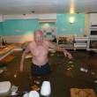 Cucina allagata per tempesta Desmond: pensionato nuota 2