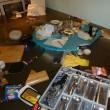 Cucina allagata per tempesta Desmond: pensionato nuota